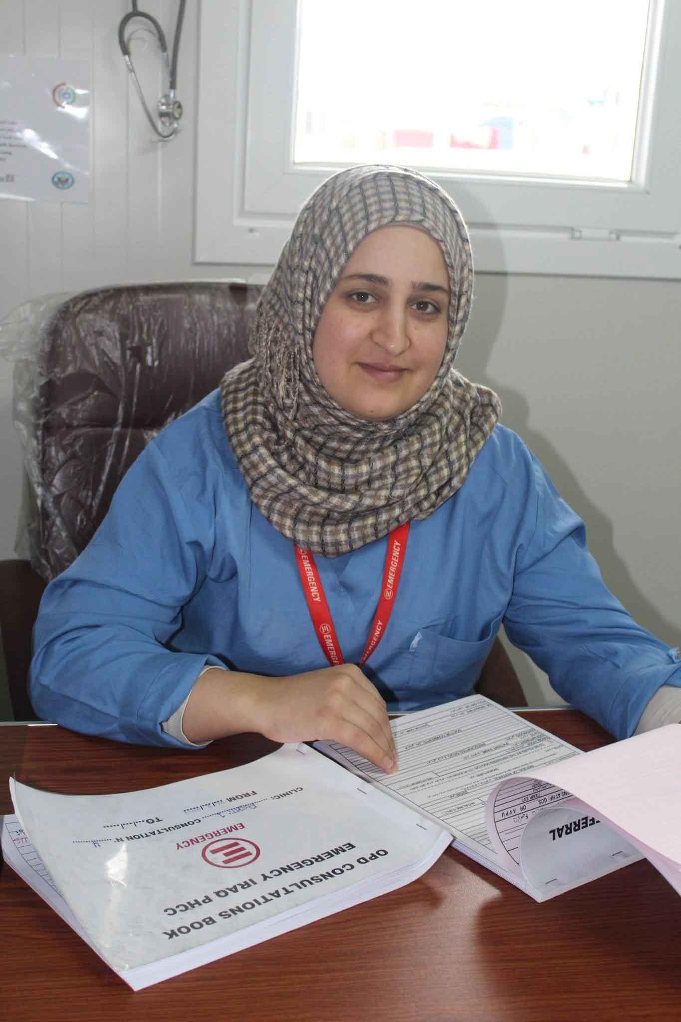 Ghamgen, una delle infermiere irachene di EMERGENCY nel campo profughi di Ashti