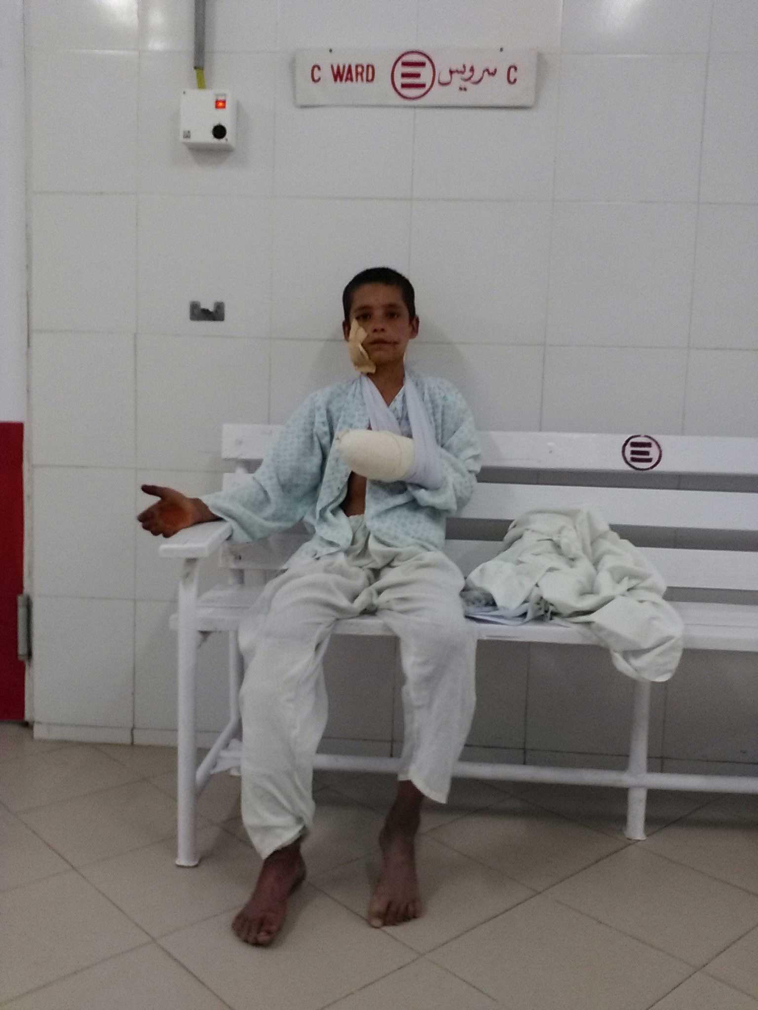 Un bambino ricoverato nel nostro ospedale di Lashkar-gah, in Afghanistan