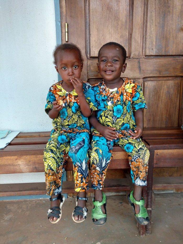Bienheureux e Sacerdosse nel Centro pediatrico di Bangui